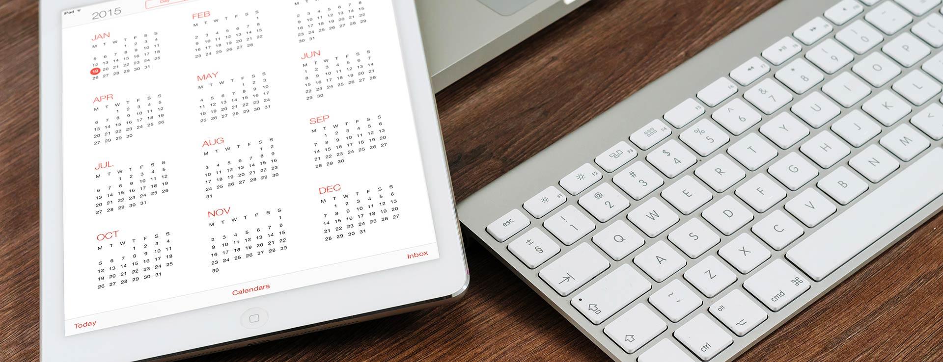 Ipad et clavier avec calendrier